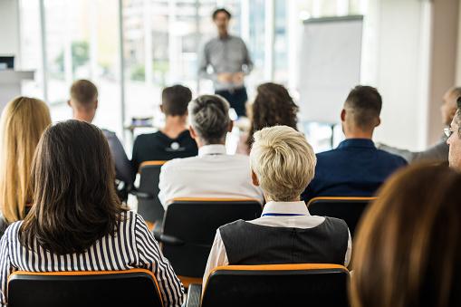 DPCM 11/06/2020: formazione professionale, ora possibile anche in presenza